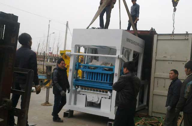 QT10-15 hydraulic concrete brick making machine will be sent to Kenya